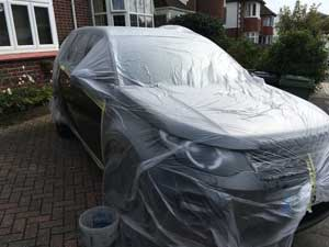 Preparing Range Rover for Car Paint Repair